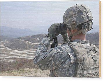 Soldier Observes An Adjust Fire Mission Wood Print by Stocktrek Images