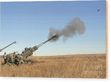 Soldiers Fire A 155mm M777 Lightweight Wood Print by Stocktrek Images