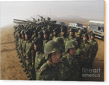 Soldiers With The Peoples Liberation Wood Print by Stocktrek Images