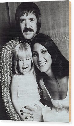 Sonny & Cher With Daughter Chastity Wood Print by Everett