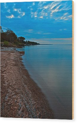 Soothing Shoreline Wood Print by Frozen in Time Fine Art Photography