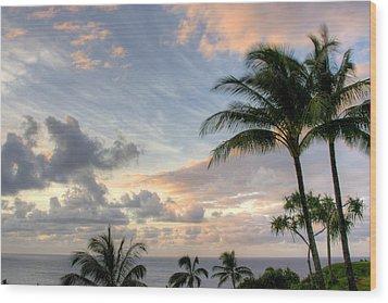 South Seas Sunset Wood Print by John  Greaves
