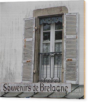 Souvenirs De Bretagne Wood Print by Lainie Wrightson