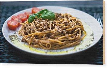 Spaghetti Bolognese Wood Print by Wojciech Wisniewski