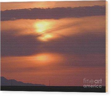 Spectacular Sunrise Wood Print by Louise Peardon