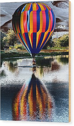 Splash And Dash With A Hot Air Balloon Wood Print by David Patterson