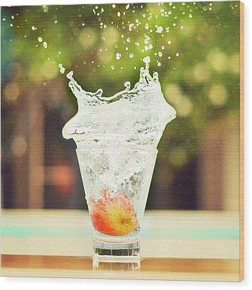 Splash! Wood Print by Elvira Boix Photography