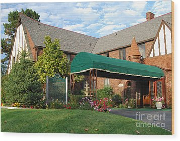 St Clair Inn Entrance Wood Print