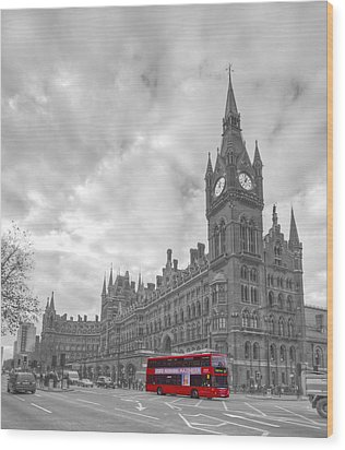 St Pancras Station Bw Wood Print