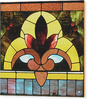 Stained Glass Lc 07 Wood Print by Thomas Woolworth