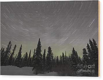 Star Trails, Milky Way And Green Aurora Wood Print by Yuichi Takasaka