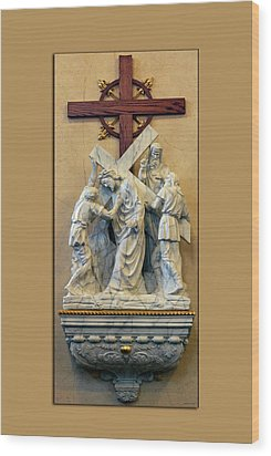 Station Of The Cross 05 Wood Print by Thomas Woolworth