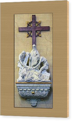 Station Of The Cross 09 Wood Print by Thomas Woolworth