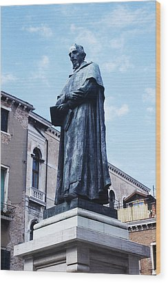 Statue Of Paolo Sarpi, Venetian Scientist Wood Print by Sheila Terry