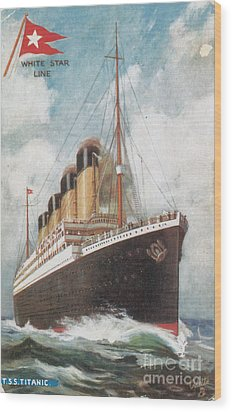 Steamship Titanic Wood Print by Photo Researchers