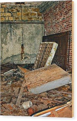 Stonehaven Rehab Wood Print by Steve Harrington
