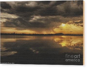 Wood Print featuring the photograph Storm Approaching by Linda Karlin