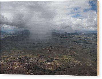 Storm Clouds Hover Above The Highlands Wood Print by Bobby Haas