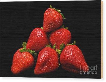 Strawberries On Velvet Wood Print by Andee Design