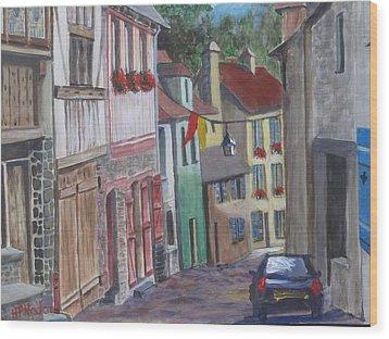 Street In Dinan Wood Print
