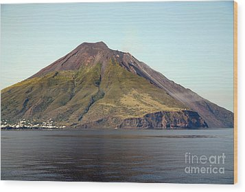 Stromboli Volcano, Aeolian Islands Wood Print by Richard Roscoe