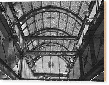 Subway Glass Station In Black And White Wood Print by Rob Hans