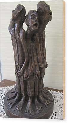 Suffering Circle In Bronze Sculpture Men In Rugs Standing In A Circle With Suffering Faces Crying  Wood Print