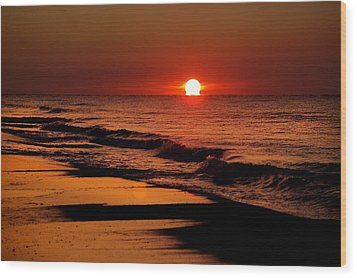Sun Emerging From The Water Wood Print by Michael Thomas