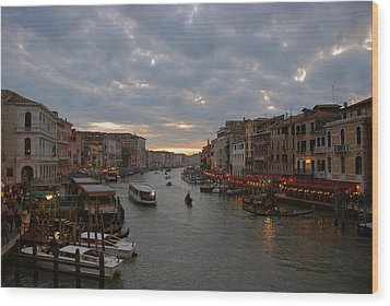 Sun Sets Over Venice Wood Print by Eric Tressler