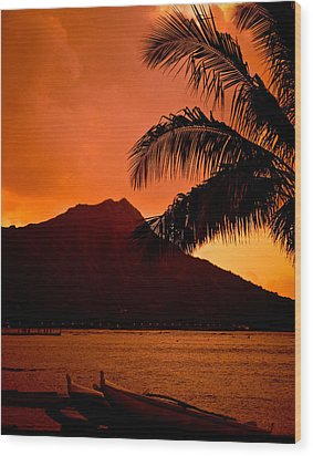 Sunrise At Diamond Head Wood Print