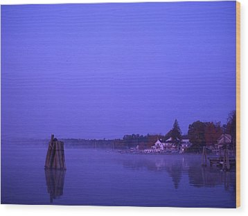 Sunrise At Wolfeboro Bay Wood Print by Stephen Smith