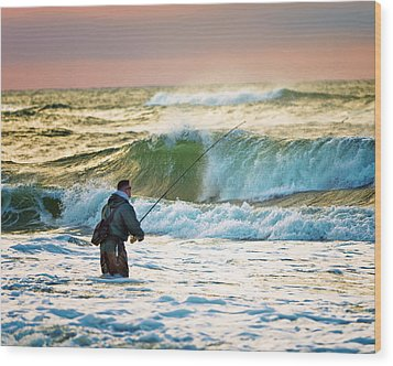 Sunrise Fisherman Wood Print by Vicki Jauron