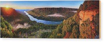 Sunrise In The Gorge Wood Print