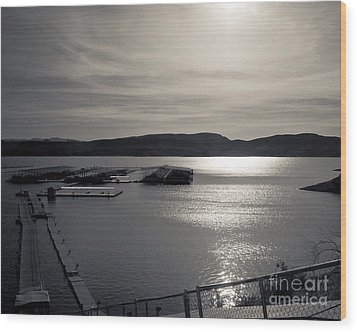 Sunrise Lake Pleasant Wood Print by Arne Hansen