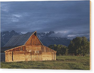 Sunrise On Old Wooden Barn On Farm Wood Print by Axiom Photographic