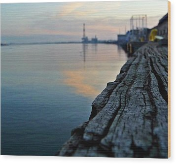 Sunrise On The Harbor Wood Print by John Collins