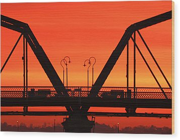 Sunrise Walnut Street Bridge Wood Print by Tom and Pat Cory