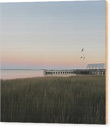 Sunset At Charleston Bay 2 Wood Print by Cathy Lindsey