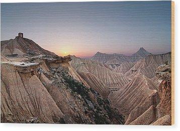 Sunset At Desert Wood Print by Inigo Cia