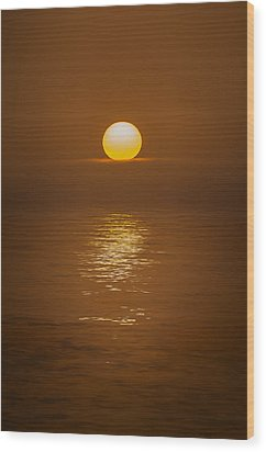 Sunset At Hoopers Point Wood Print by Andy Astbury
