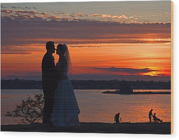 Sunset At Night A Wedding Delight Wood Print