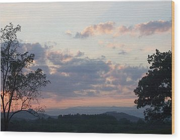 Wood Print featuring the photograph Sunset At Oak Hill Farm by Elizabeth Coats