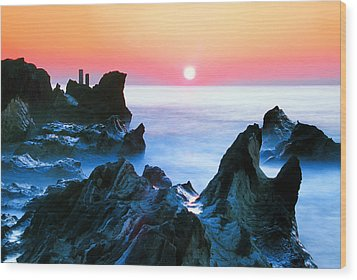 Sunset At Sea With Rocks In Foreground Wood Print by Midori Chan-lilliphoto