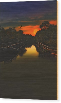 Sunset At The Old Canal Wood Print by Tom York Images