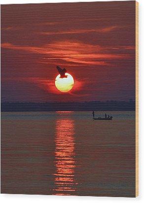 Sunset Fishing Wood Print by William Bartholomew