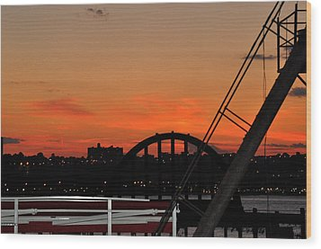 Sunset From The High Line In New York City Wood Print by Diane Lent