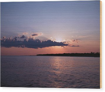 Wood Print featuring the photograph Sunset In The Pass by Brian Wright
