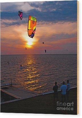 Sunset Kiteboarding On The Pamlico Sound Wood Print by Anne Kitzman