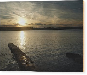 Wood Print featuring the photograph Sunset Lake by Raymond Earley