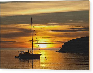 Sunset On Bowman Bay Wood Print